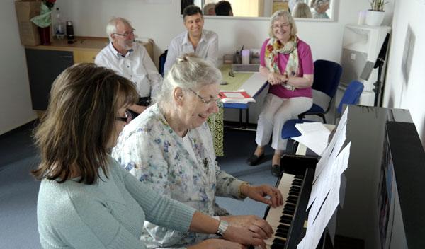 CHORUS e.V. - Musik ist ein Genuss auch für unsere Senioren